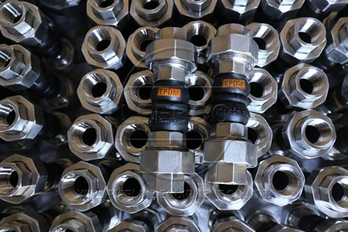 橡胶接头如何做到防腐蚀的要求
