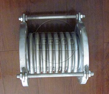 与不锈钢波纹补偿器纵向型的不同的安装及特